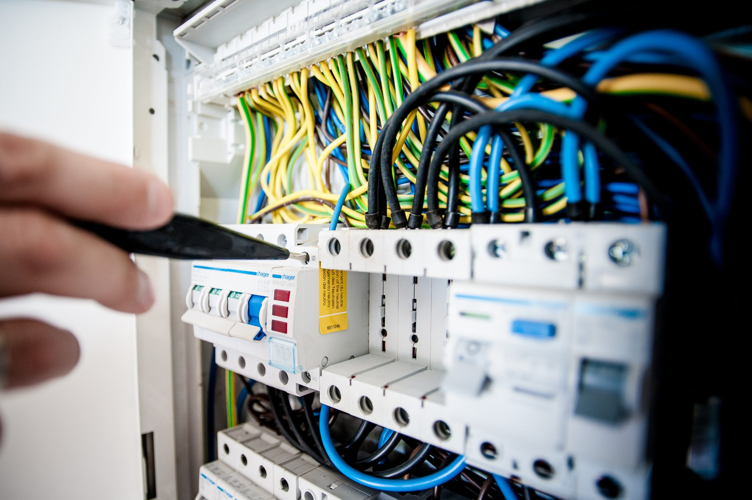 Tips for Finding the Best Electricians in NJ